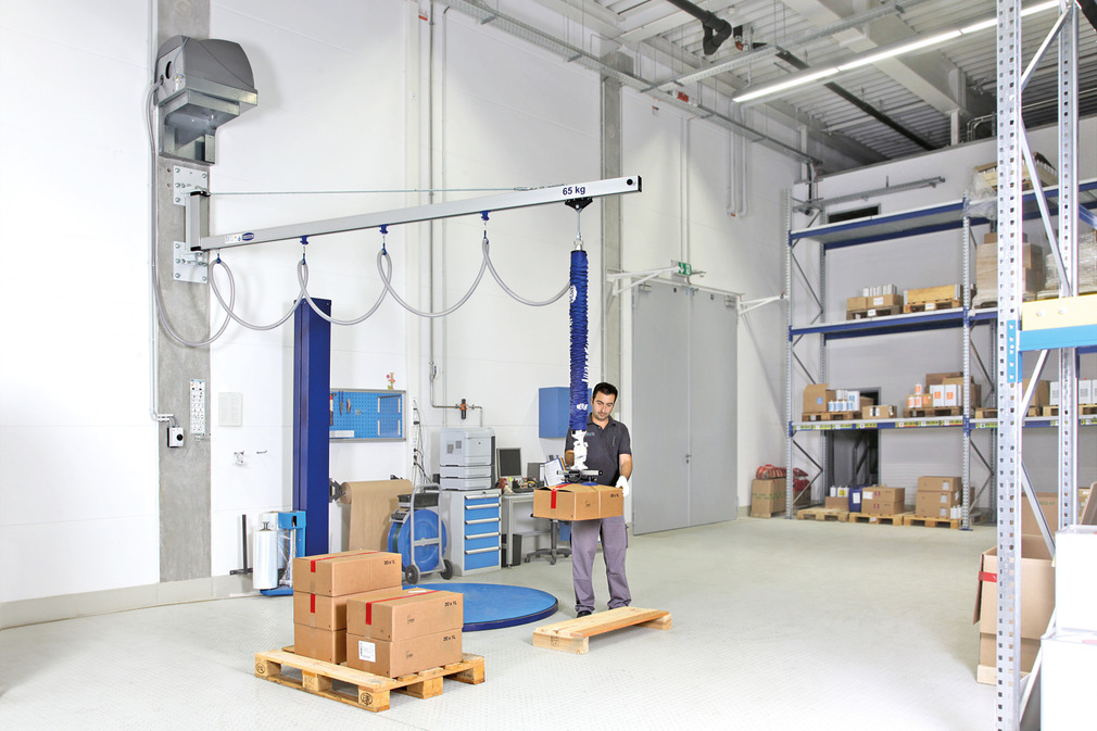 Wall-Mounted Jib Cranes