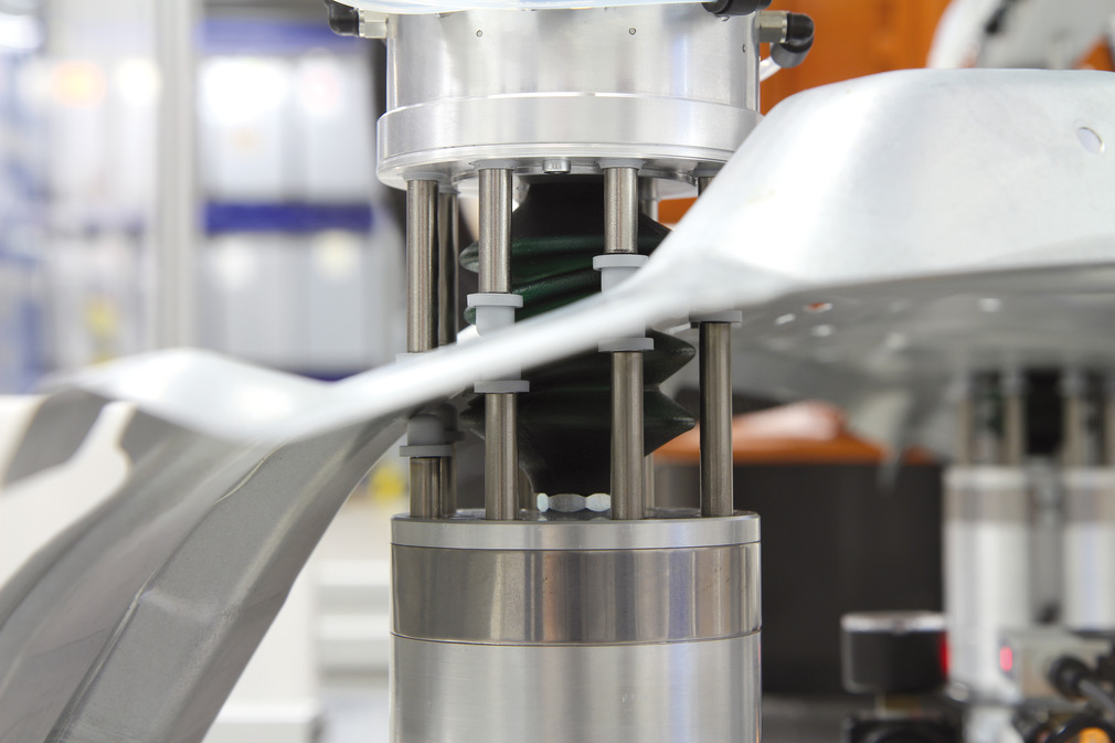 Clamping and Gripping Equipment for Automated Processing